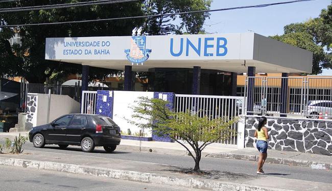 I Encontro Internacional de Alfabetização e Educação de Jovens e Adultos será no campus I da Uneb - Foto: Joá Souza | Ag. A TARDE