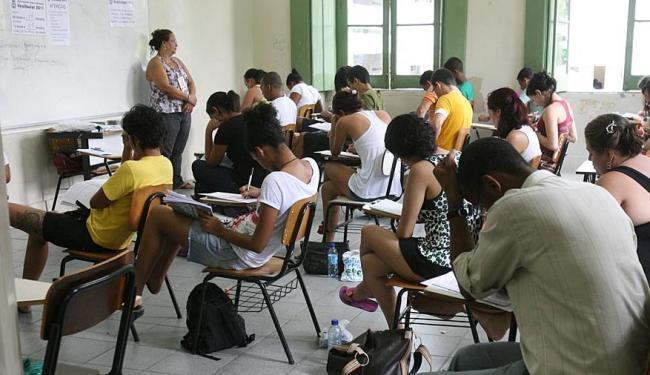 As provas do Enem serão nos dias 8 e 9 de novembro - Foto: Arestides Baptista | Ag. A TARDE | 15.11.2010