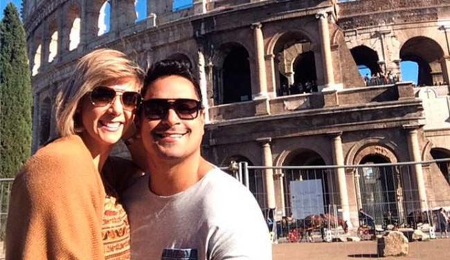 Xanddy e Carla passeiam por Roma - Foto: Divulgação