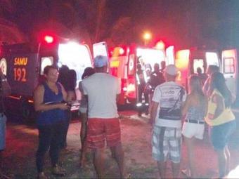 Os feridos foram socorridos por equipes do Samu e levados para hospitais da região - Foto: Divulgação l Blog Políticos do sul da Bahia