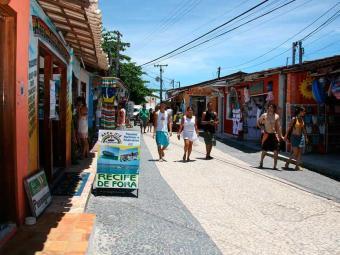 Na alta estação, cidade recebe até um milhão de turistas - Foto: Joá Souza | Ag. A TARDE | 03.01.2008
