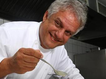 Chef Edinho Engel - Foto: Rejane Carneiro   Ag. A TARDE   01.07.2009