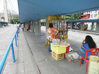 Os ambulantes serão remanejados para os bairros da Barroquinha e Aquidabã - Foto: Luciano da Matta | Ag. A TARDE | 25.08.2014