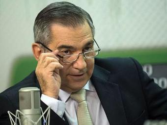 Carvalho defende a decisão da presidente em nomear novos ministros da área econômica - Foto: Agência Brasil
