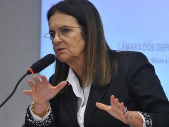 Presidente da Petrobras disse que o tempo será usado no ajuste das demonstrações contábeis - Foto: Antonio Cruz   Ag. Brasil   25.04.2012
