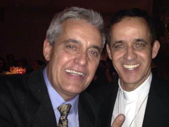 Um dos alvos do reverendo foi o jornalista Mauro Naves - Foto: Reprodução