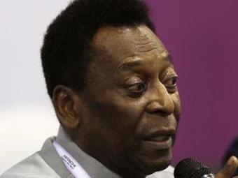 Pelé vem melhorando de forma gradativa desde a última sexta-feira - Foto: Paulo Whitaker | Reuters