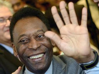 Pelé teve suspensa neste domingo a hemodiálise que vinha fazendo - Foto: Lucas Landau l Reuters