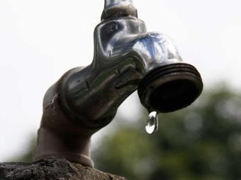 Fornecimento de água começou a ser retomado - Foto: Joá Souza | Ag. A TARDE