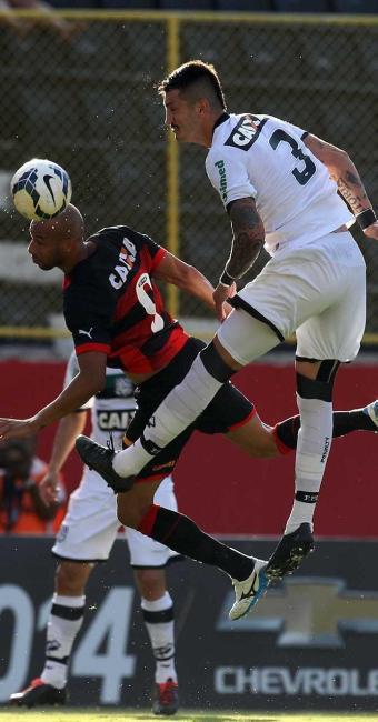 No primeiro turno o Vitória perdeu para o Figueirense em casa - Foto: Lúcio Távora | Ag. A TARDE