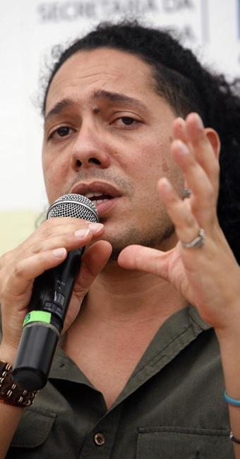 Ondjaki, escritor angolano - Foto: Luiz Tito | Ag. A TARDE
