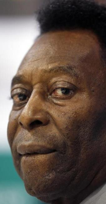 O Rei do Futebol tem melhora e segue tratamento renal na UTI - Foto: Paulo Whitaker l Reuters