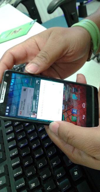 Para burlar o recurso, usuários da versão Android podem optar por ler mensagens como pop-up - Foto: Ag. A TARDE