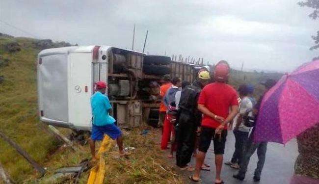 Acidente aconteceu na madrugada deste domingo - Foto: Gilson Oliveira | Criativa On Line