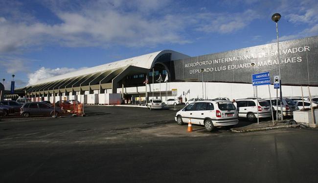 Governo pode conceder novos aeroportos. O de Salvador seria um deles - Foto: Adilton Venegeroles | Ag. A TARDE | 11.06.2013