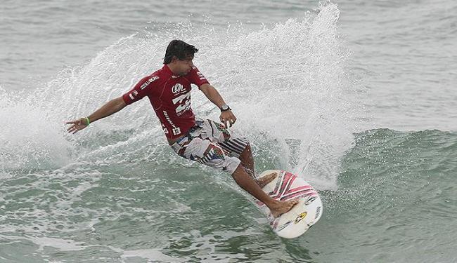 Alex Ribeiro venceu o Mahalo Surf Eco Festival, disputado na Praia da Tiririca, em Itacaré - Foto: Eduardo Martins | Ag. A TARDE