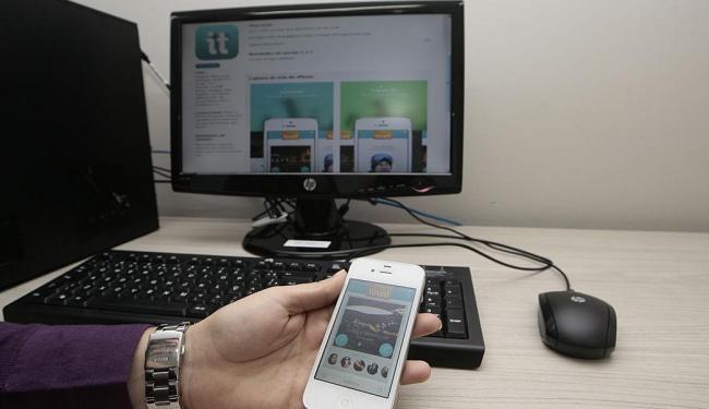 Inovações como os aplicativos destacam jovens em tecnologia - Foto: Mila Cordeiro | Ag. A TARDE | 1º.07.2014