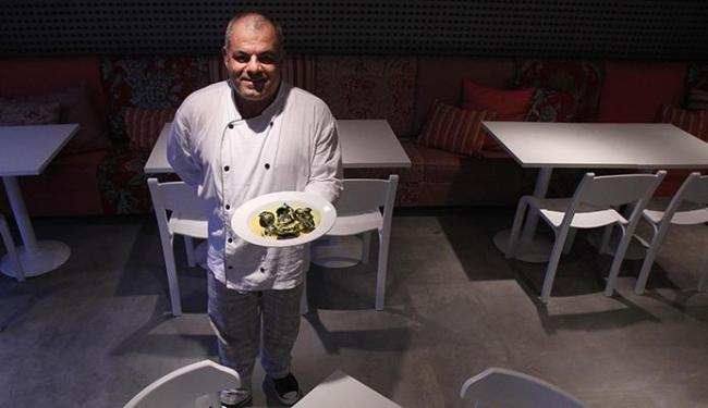 O chef Celso Vieira Pinto aposta na gastronomia italiana - Foto: Lúcio Távora   Ag. A TARDE