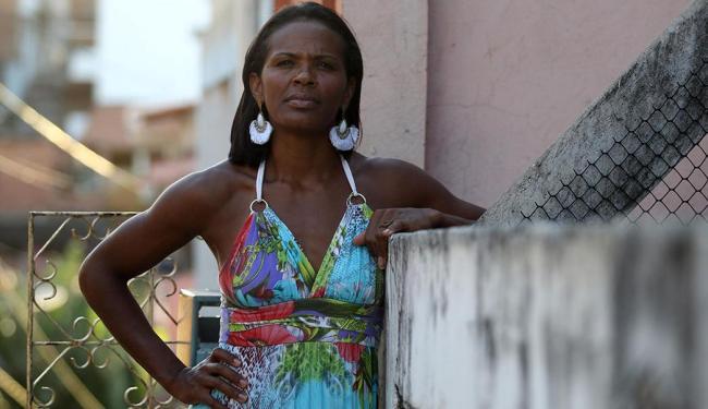 Cíntia dos Santos criou forma mista de convívio com a filha e o ex-marido - Foto: Lúcio Távora | Ag. A TARDE