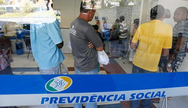 Salário chega a R$ 6.395 - Foto: Gildo Lima| Ag. A TARDE. 04/05/2012