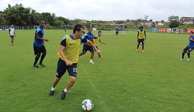 Antes de viagem, jogadores do Tricolor treinaram no Fazendão - Foto: Divulgação l E.C. Bahia