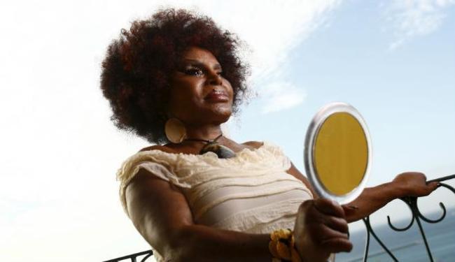 Cantora lança o documentário