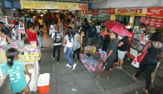 Vendedores ambulantes têm até 15 de janeiro para sair e podem não retornar - Foto: Luciano da Matta | Ag. A TARDE