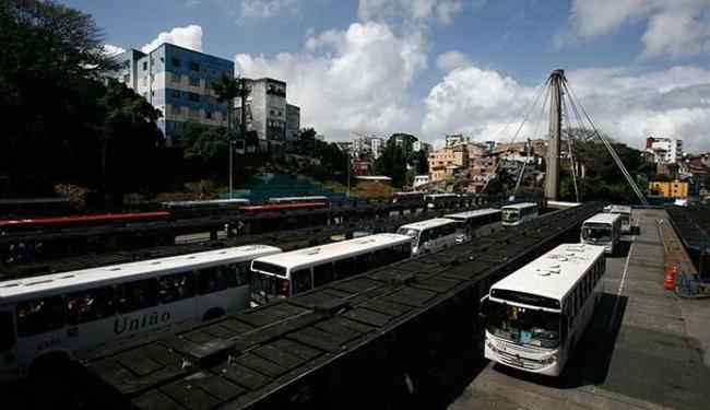 Estação da Lapa vai ter ônibus até 1h de domingo para algumas localidades - Foto: Raul Spinassé | Ag. A TARDE