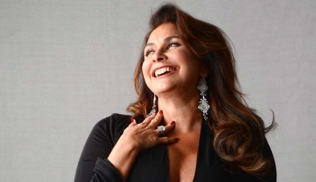 Cantora será acompanhada pelo maestro Cristovão Bastos - Foto: Vânia Toledo   Divulgação