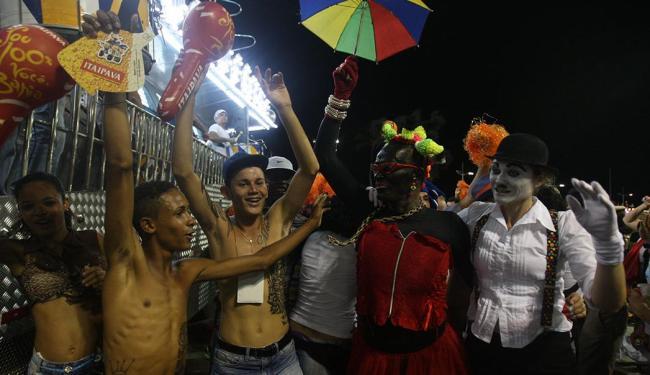 Furdunço no circuito Barra-Ondina fez a alegria do folião pipoca - Foto: Lúcio Távora | Ag. A TARDE | 03.03.2014