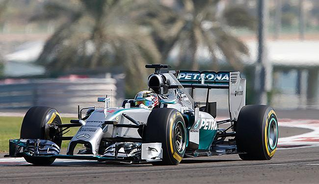 Piloto inglês marcou a volta mais rápida em 1min42s113 - Foto: Hamad I Mohammed l Reuters