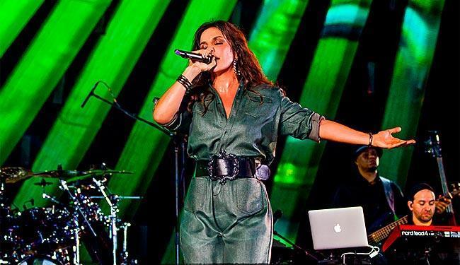 Ivete Sangalo vai relembrar sucessos dos 20 anos de carreira - Foto: Site Oficial | Reprodução