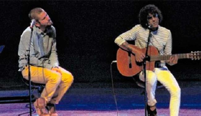 Saulo e Luiz Caldas demonstraram intimidade com as músicas de Caymmi - Foto: Terena Cardoso | Ag. A TARDE
