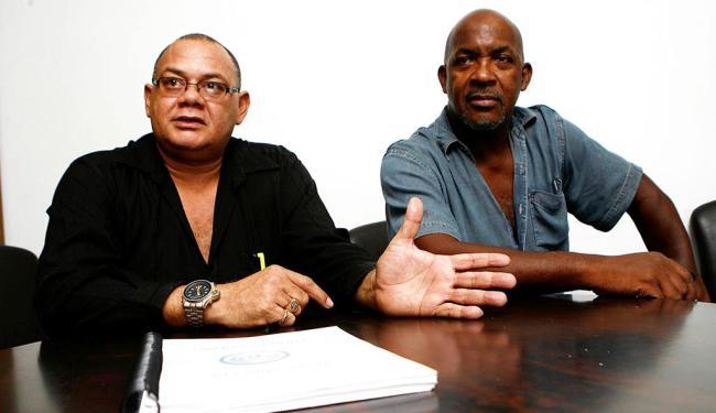 Luiz Passos (E) e Reinaldo Guerreiro falaram sobre o inquérito em visita à Redação - Foto: Marco Aurélio Martins | Ag. A TARDE