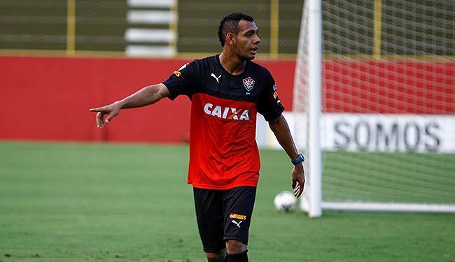 Juan foi sacado do time titular para a entrada de Mansur (foto) - Foto: Joá Souza | Ag. A TARDE