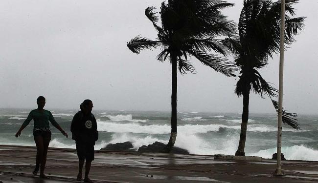 Segundo Astramab ventos atingem 25km/h - Foto: Lúcio Távora   Ag. A TARDE