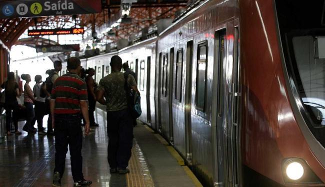 Metrô terá horário especial para os torcedores que irão para a Arena Fonte Nova neste sábado, 22 - Foto: Adilton Venegeroles | Ag. A TARDE