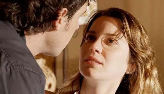 Nathalia Dill e Sérgio Guizé vivem um par romântico na novela
