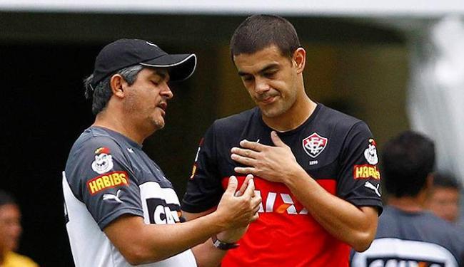 Luís Aguiar (D) alegou problemas familiares no Uruguai e rescindiu contrato com o clube - Foto: Edaurdo Martins   Ag. A TARDE