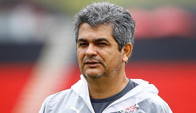 Ney Franco não divulgou o time que começará jogando nesta quarta-feira - Foto: Eduardo Martins | Ag. A TARDE