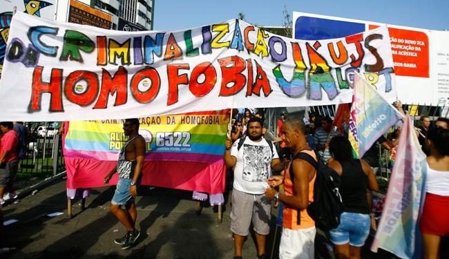 Movimento LGBT pede aprovação da lei contra homofobia para responsabilizar quem agride gays - Foto: Joá Souza   Ag. A TARDE   21.09.2014