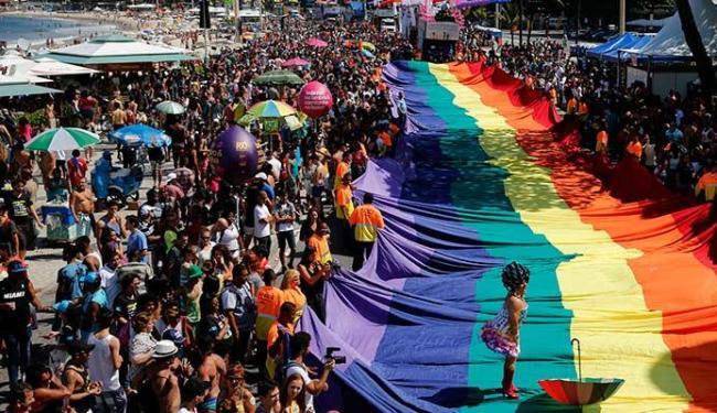 Parada Gay aconteceu na tarde deste domingo, no Rio de Janeiro - Foto: Sergio Moraes | Agência Reuters