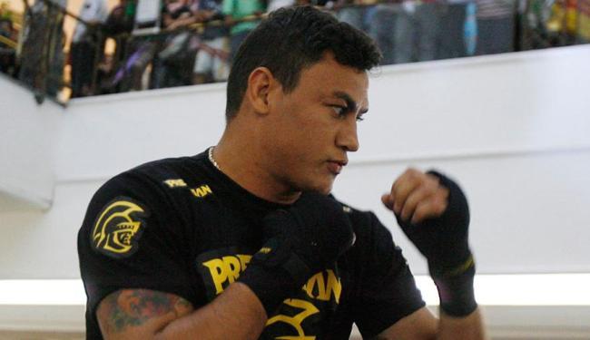 Popó desafiou três pugilistas para lutar em 2015 - Foto: Lúcio Távora | 21/05/2012 | Ag. A TARDE