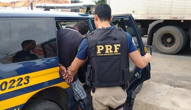 O motorista estava com a fala confusa e com agressividade - Foto: Foto/Divulgação PRF
