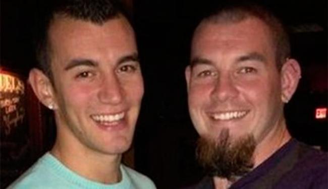 Rob Kearney(D) ao lado de seu namorado - Foto: Reprodução | Facebook