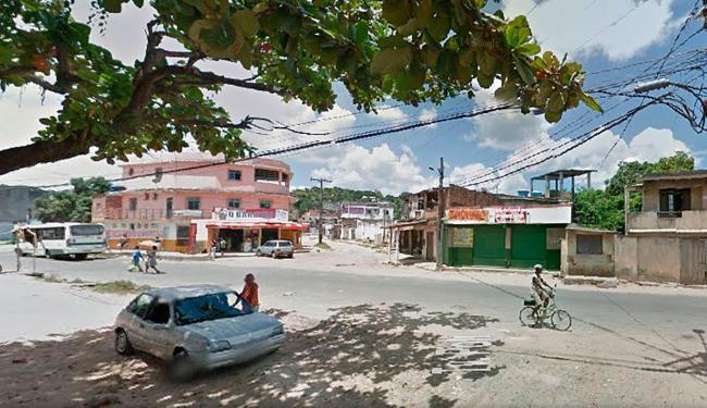 Criança foi baleada na rua Poli, próxima ao mercado 'O Baratão', em Paripe - Foto: Reprodução | Google Maps