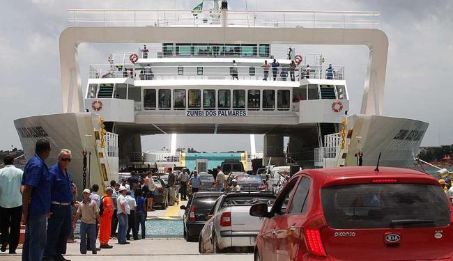 Ferrys Zumbi dos Palmares e Dorival Caymmi ainda estarão em operação assistida durante o verão - Foto: Edilson Lima | Ag. A TARDE