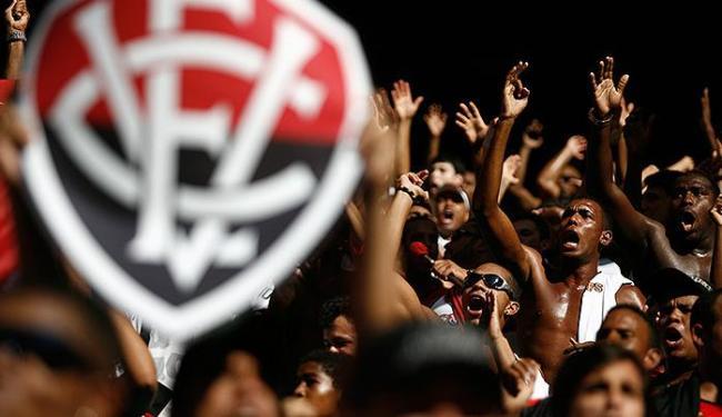 Rubro-negro espera contar com o apoio maciço da torcida no último jogo - Foto: Raul Spinassé | Ag. A TARDE