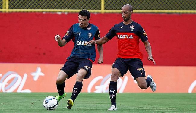 Técnico do Leão promoveu o retorno de Dinei (D) - Foto: Eduardo Martins | Ag. A TARDE
