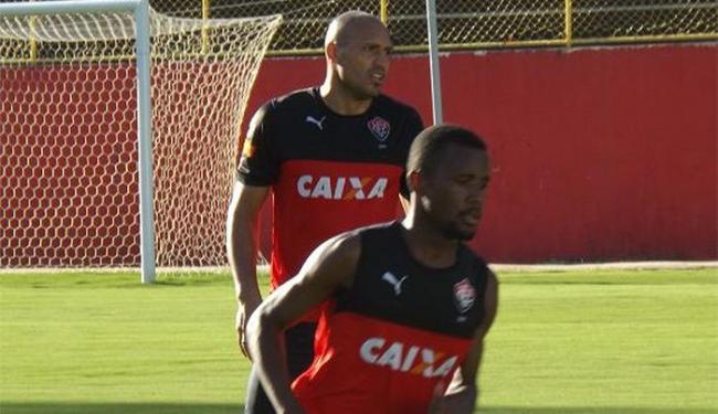Jogadores participaram de atividades físicas com bola - Foto: Divulgação l E.C. Vitória